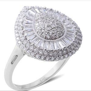 Jewelry - Impressive White CZ cocktail ring